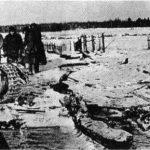 Разбитая вражеская техника и убитые солдаты вермахта в дер. Акулово, под Наро-Фоминском. Декабрь 1941г.
