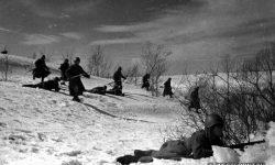 Гвардейцы Московской Пролетарской дивизии во время боя. Фото Минкевич В.Н., подмосковье, 22 октября 1941 г.
